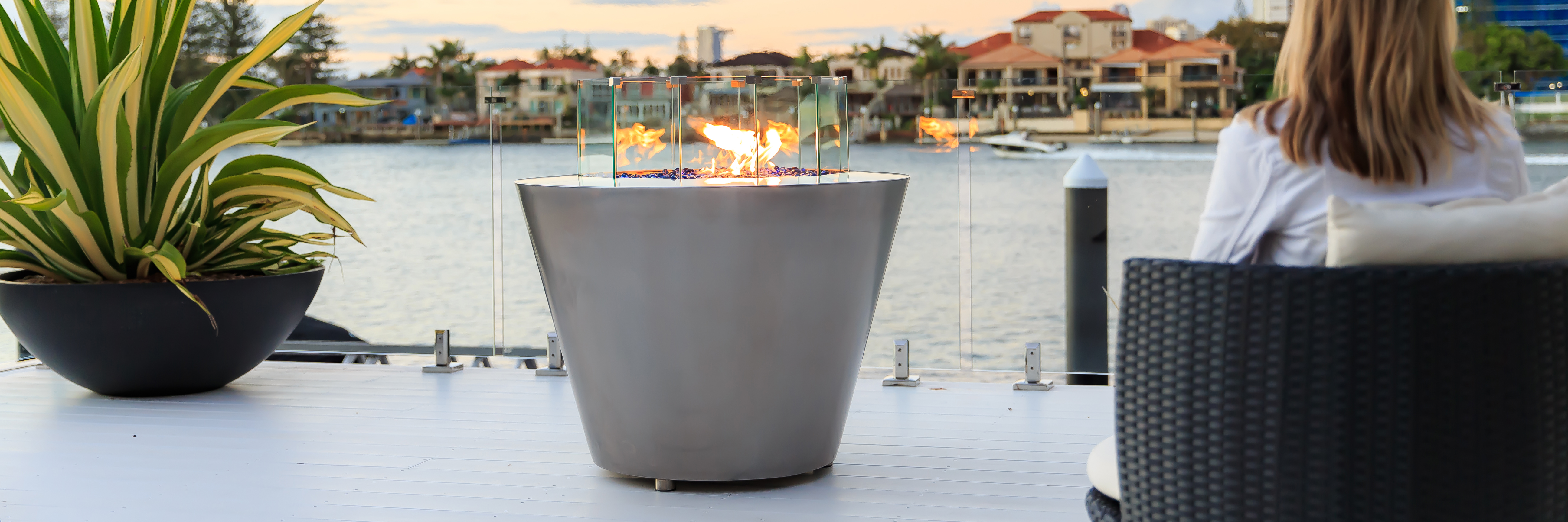 Stainless steel ignites  luxury, style and warmth